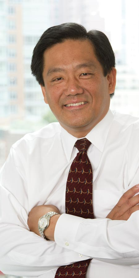 Robert Wang headshot